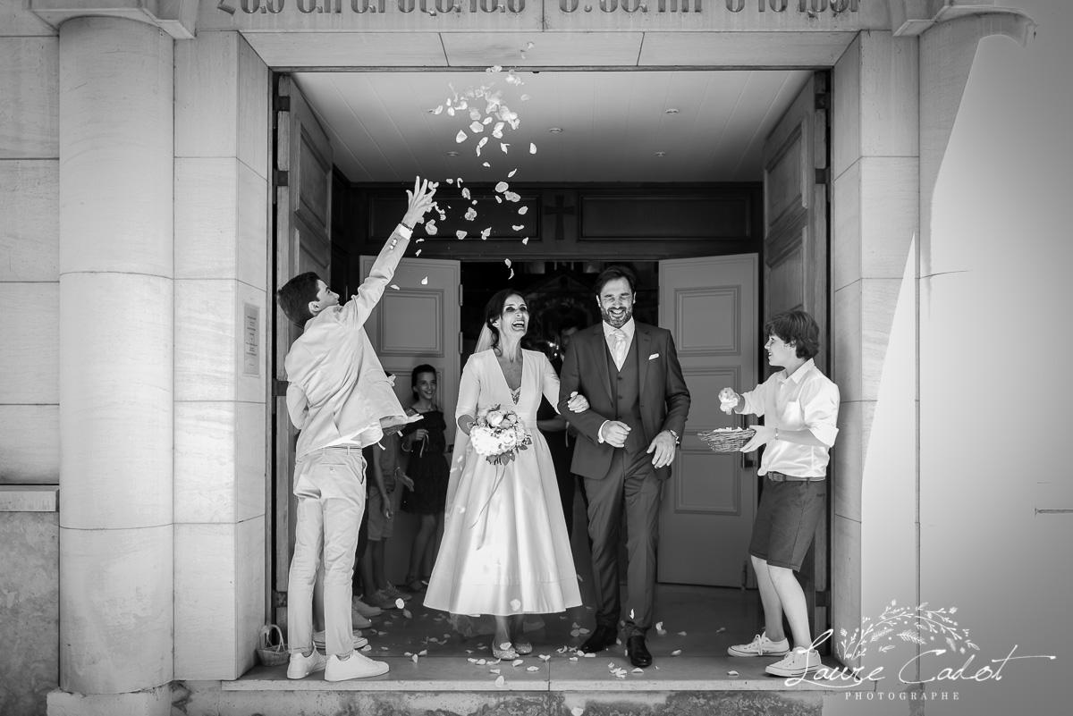 la sortie des mariés en l'eglise arménienne de Lyon