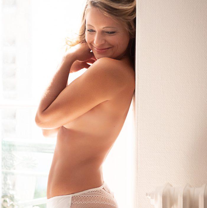 photo femme lingerie