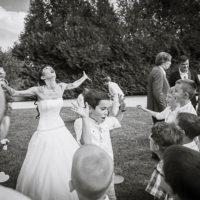 les enfants lors d'un mariage rock and roll